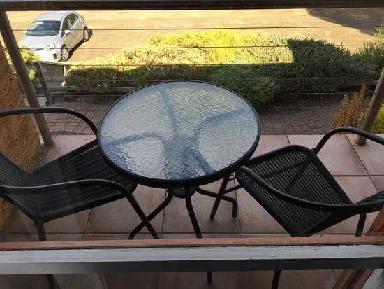 American River, Australien: Balcony with table and chairs