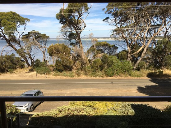 Mercure Kangaroo Island Lodge: View of water from the room