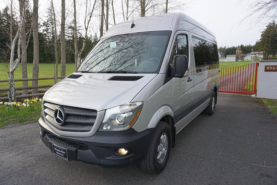 Eastsound, WA: Ride in comfort in our brand new Mercedes Sprinter van!