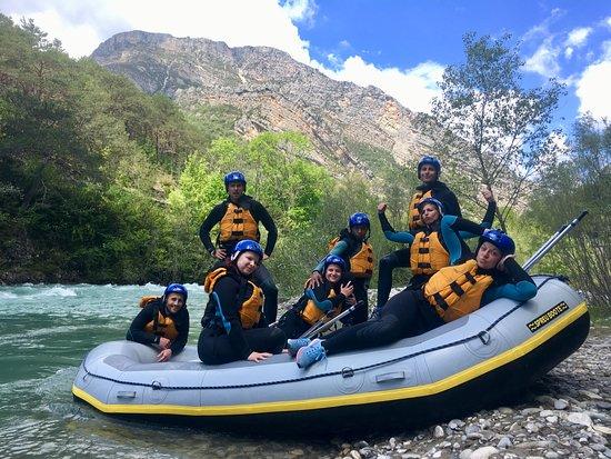 Castellane, France : Rafting sur le Verdon