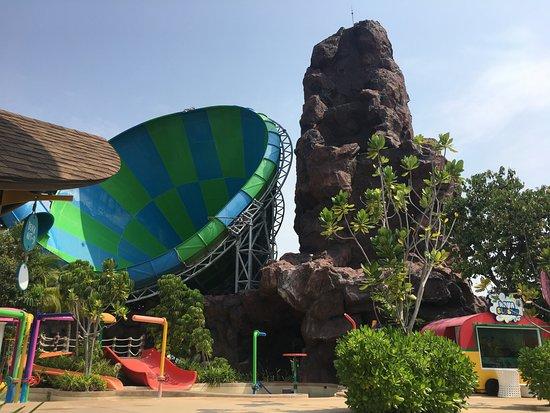 สวนน้ำ วานา นาวา หัวหิน: Big riding wave