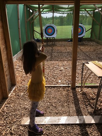 Whitemead Forest Park: Well organised archery lessons