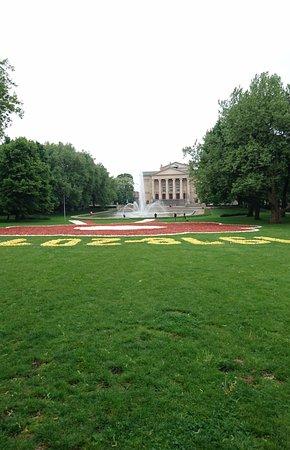 Dywany Z Miliona Tulipanów Picture Of Mickiewicz Park