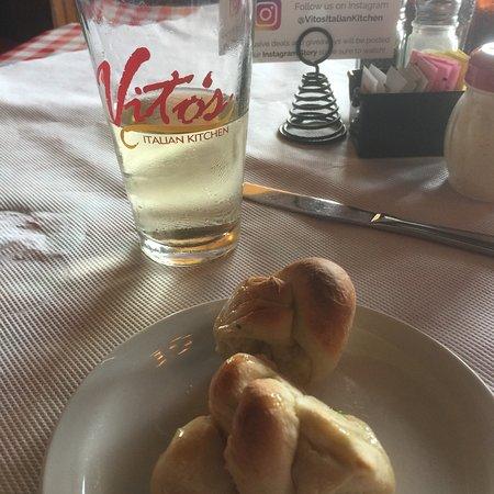 Vito's Italian Kitchen: photo1.jpg