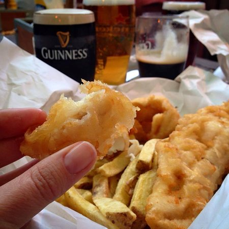 Arthurstown, Irland: The Beer-Battered Fish & Chips are a MUST