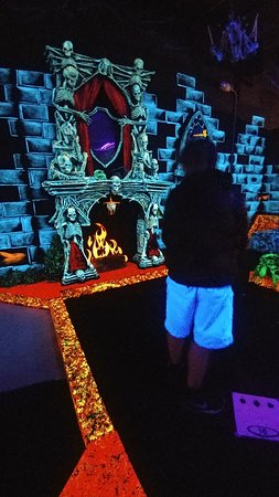 Norwood, MA: Monster Mini Golf