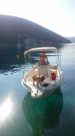 Dessimi Boats: Avra 500 With Mercury bigfoot 30hp.Drive it without license.