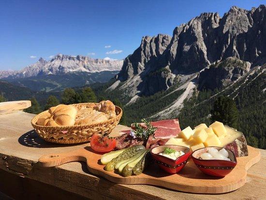 San Martino in Badia, İtalya: Buon appetito ,Mahlzeit :)