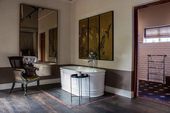 La Clé des Montagnes: La Clé Lodge - Garden Room with bath