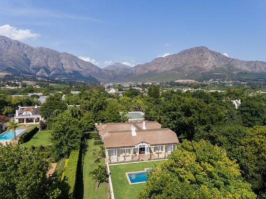 La Clé des Montagnes: La Clé Lodge - nestled in the Franschhoek Valley