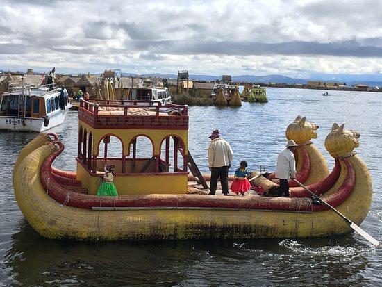 Incas Paradise: Islas Flotantes de los Uros