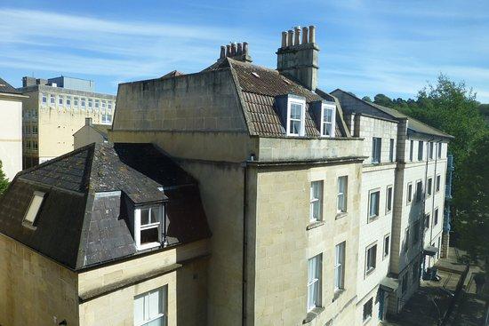 Premier Inn Bath City Centre Hotel: Zimmer zur Seitenstraße - sehr ruhig