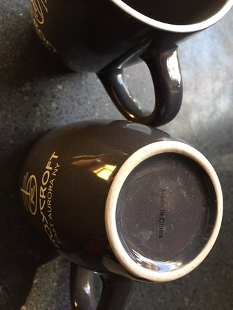 "East Aurora, Estado de Nueva York: Phony ""Roycroft Mugs"" premium price...made in China"