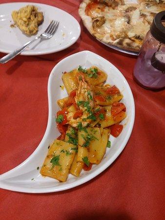Santo Spirito, Италия: Provato un primo...paccheri al gambero rosso...veramente buoni