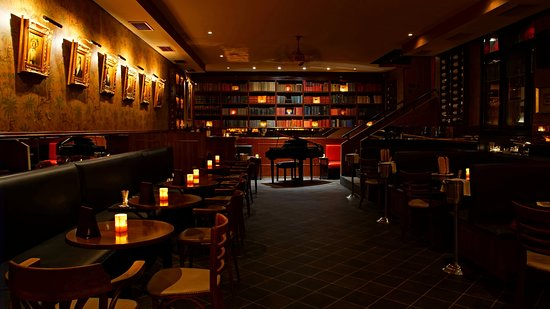 Manesova Bar And Books