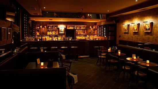 Bar and Books Manesova