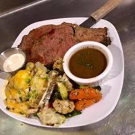 Colfax, CA: Prime Rib Dinner