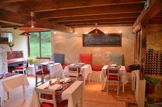 La Closerie de la Beyne: Restaurant interior
