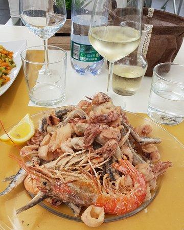 Seafood foto di bar bagni albenga albenga tripadvisor - Arredo bagno albenga ...