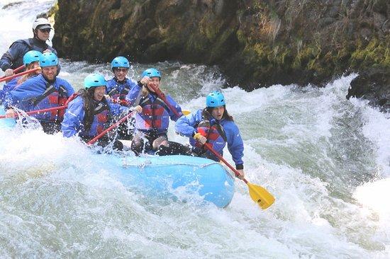 River Drifters照片
