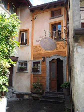 Faggeto Lario, Italia: Uscio d'ingresso
