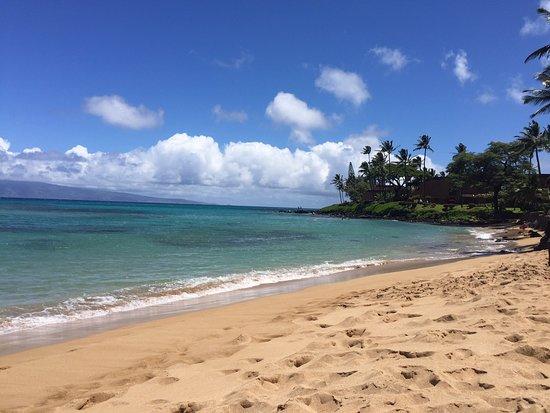 Hale Mahina Beach Resort: Beach