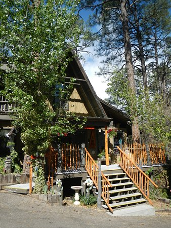 Bear Creek Motel & Cabins, Pinos Altos, NM