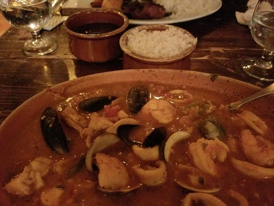 Cuban Pete's: Seafood Paella with rice on the side