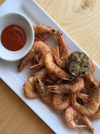 Jax Fish House & Oyster Bar: Peel and eat shrimp