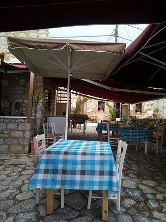 Gerolimenas, اليونان: IMG_20180506_161402_large.jpg