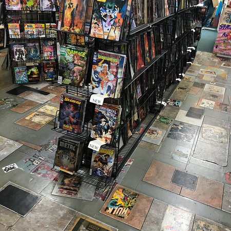 Burbank, CA: Fantastic comic book store !