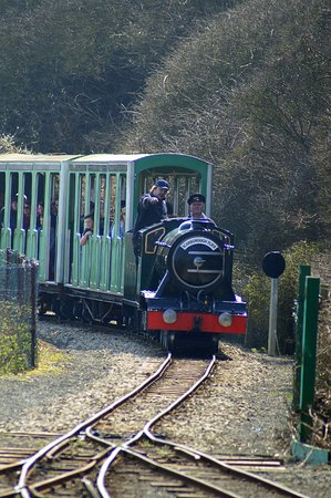 North Bay Railway: Waiting for the return journey.