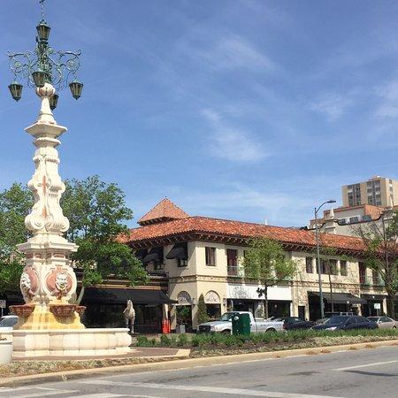 Southmoreland on the Plaza: photo4.jpg