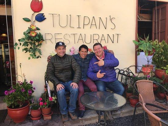 Tulipan's Restaurant & Pizzeria: Com o amigo David.