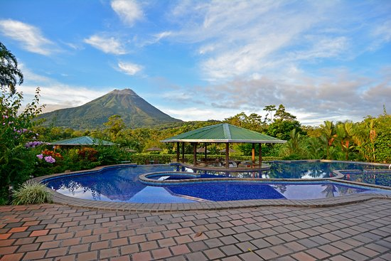 Arenal Manoa Hotel