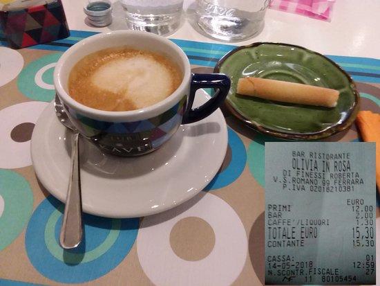 Olivia in Rosa: Caffè e conto modesto (non si paga il coperto)