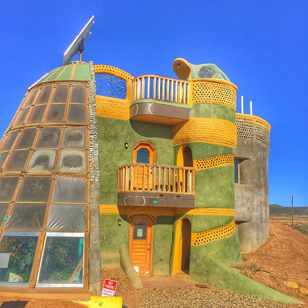 Earthship Biotecture: photo1.jpg