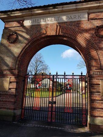 Gheluvelt Park: The big gate