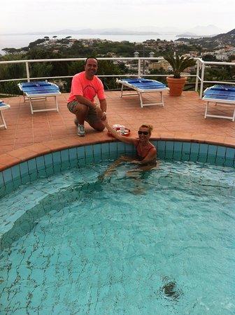 Poggio Aragosta Hotel & Spa: piscina panoramica termale (....caffè meraviglioso)