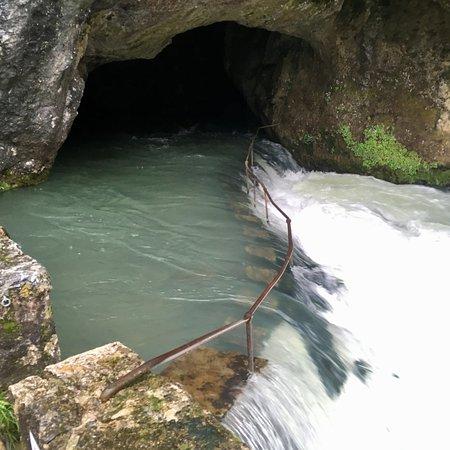 Belesta en Lauragais, فرنسا: Fontaine de Fontestorbes