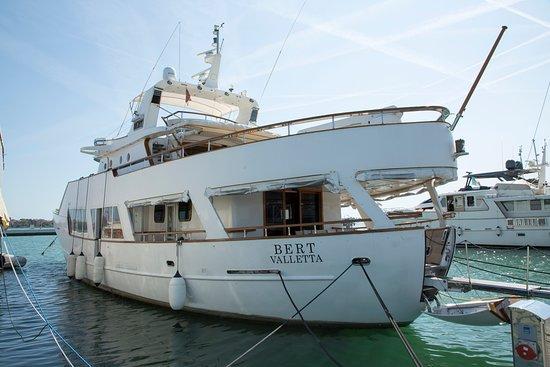 Yacht Bert - Boat & Breakfast