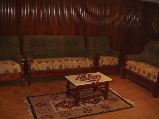Milano Hostel: This Our Specious Common Room With Complimentary Free Soft Drinks