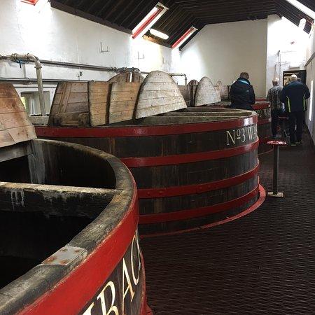 Tobermory Distillery: photo1.jpg