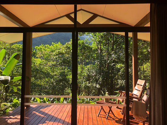 Bajos del Toro, Costa Rica: Gorgeous view to wake up to each morning!