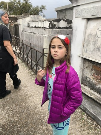 Haunted History Tours of New Orleans: She didnt want to lose sight of our guide!