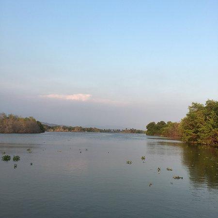 Laguna de Manialtepec: photo3.jpg