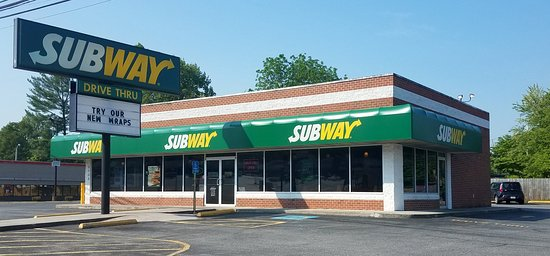 Collinsville, VA: More spacious than most Subway's