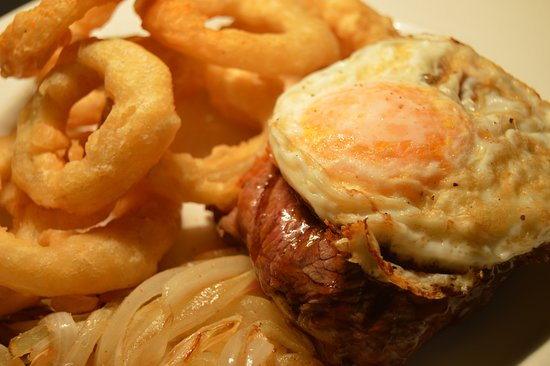 Benoni, Güney Afrika: Pub Meals to die for.. Try our Tasty Steak, Egg and Chips. You won't regreat it