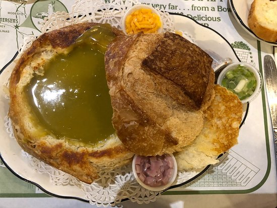 Santa Nella, Kalifornien: Split Pea Soup in a Bread Bowl