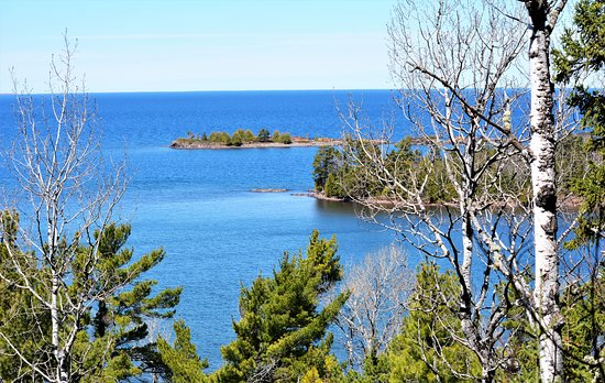 Eagle Harbor, MI: Lake Superior just across the street.